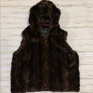 Lauren Ralph Lauren Faux Fur Hooded Vest Size M